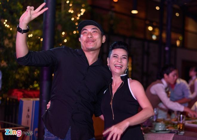 Chi Tai dua vo di tiec Truong Giang anh 7