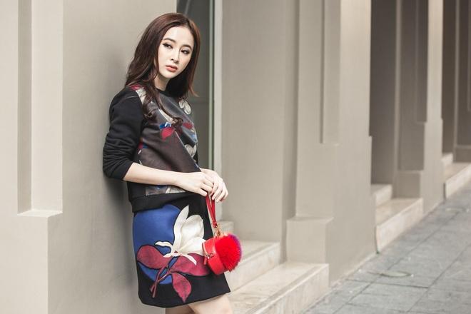 Angela Phuong Trinh sanh dieu xuong pho hinh anh 2