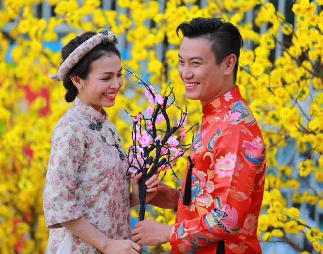 Hoc tro Quang Dung va ban gai tin don ra mat single chung hinh anh 1