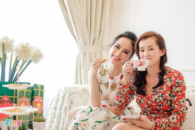 Angela Phuong Trinh don Tet o can ho moi mua hinh anh 2