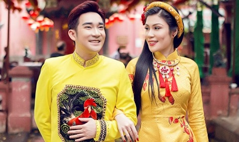 Quang Ha, Uyen Trang di le chua dau nam hinh anh