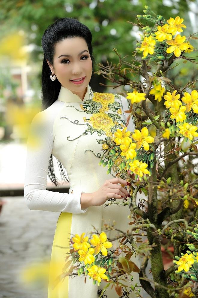 Trinh Kim Chi dua con gai di du xuan anh 7