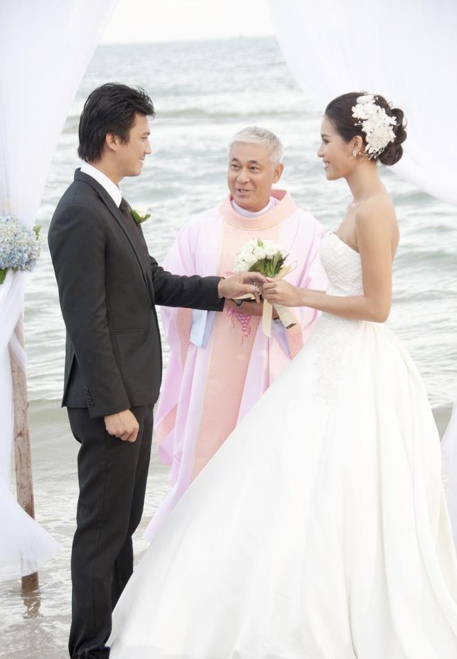 Ha Viet Dung vat va hon Minh Tu trong phim hinh anh 2