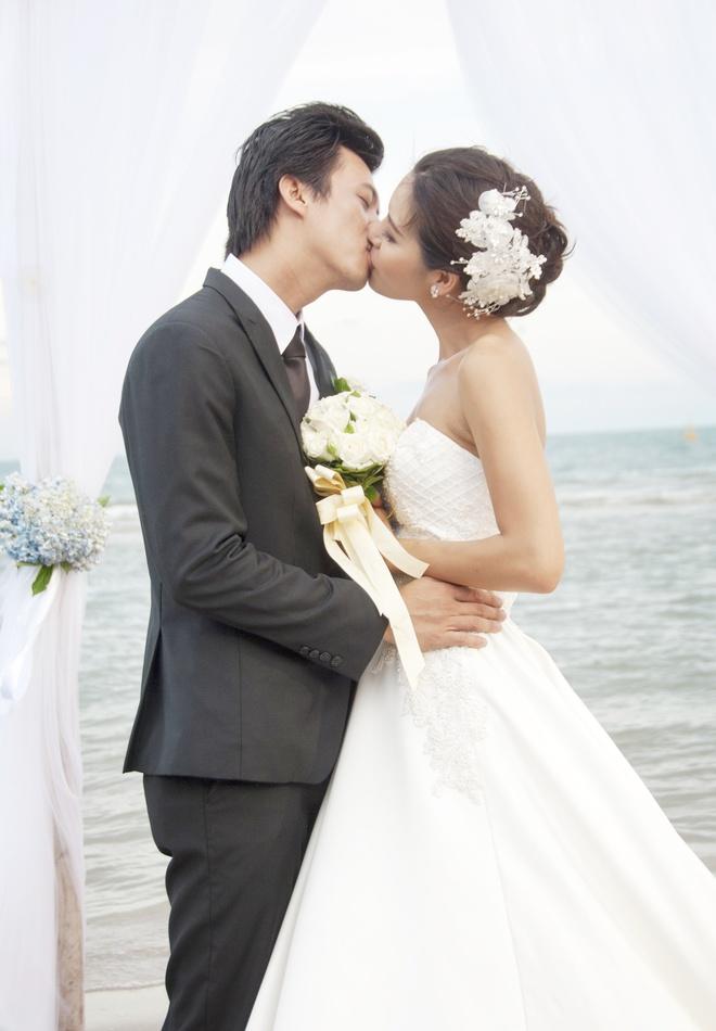 Ha Viet Dung vat va hon Minh Tu trong phim hinh anh 1