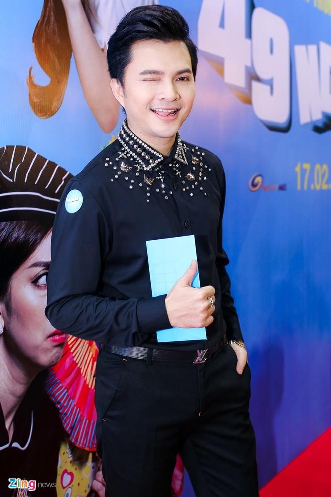 Vo chong Hari Won, Tran Thanh hon nhau tren tham do hinh anh 13