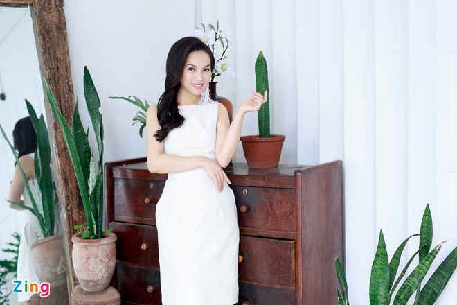 Ha Phuong len tieng ve tin mau thuan voi chi gai Cam Ly hinh anh 2
