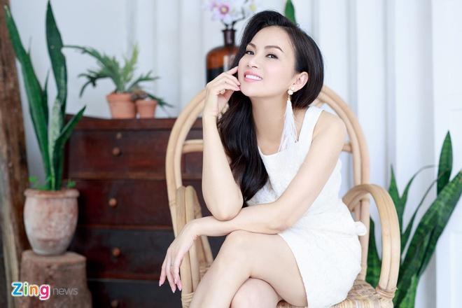 Ha Phuong len tieng ve tin mau thuan voi chi gai Cam Ly hinh anh 1