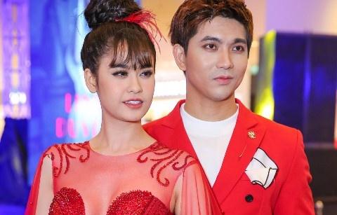 Dan sao Viet long lay tai buoi ra mat phim 'Linh duyen' hinh anh