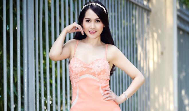 'Gai nhay' Minh Thu: 'Toi va ban trai da yeu nhau hon 10 nam nay' hinh anh
