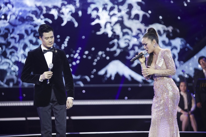 Quang Dung ket hop an y voi cac my nhan trong live show ky niem 20 nam hinh anh 10