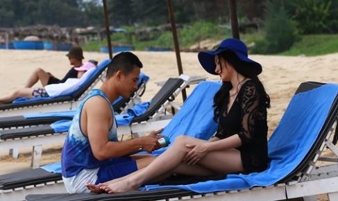 Luong The Thanh ngoai tinh voi Truong Nhi trong phim moi hinh anh