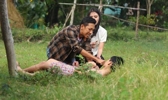 'Hoa khoi Nam Em khong the ngung khoc sau 3 ngay quay lien tiep' hinh anh 3