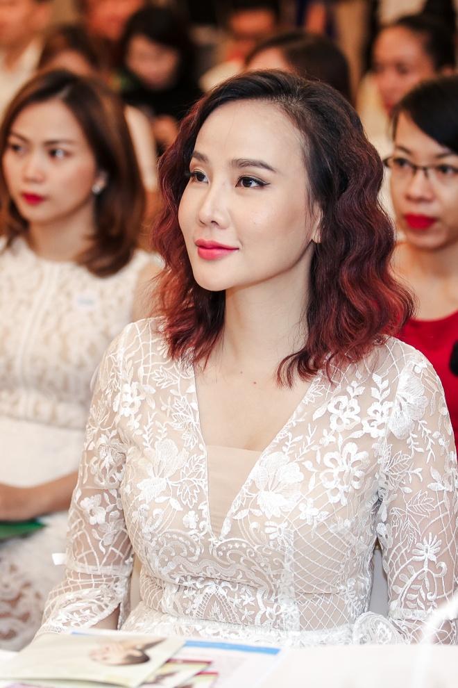 Guong mat Duong Yen Ngoc la lam trong su kien hinh anh 2
