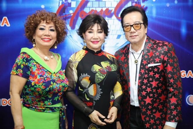 danh ca Elvis Phuong song sot nho vo anh 1
