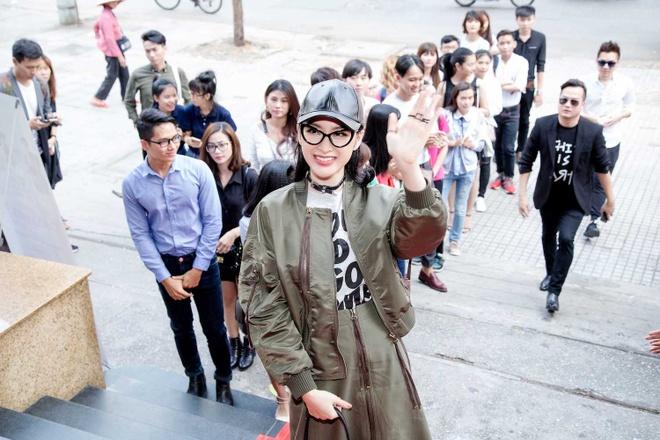 Angela Phuong Trinh sanh dieu du casting phim 'Moi tinh dau cua toi' hinh anh 2