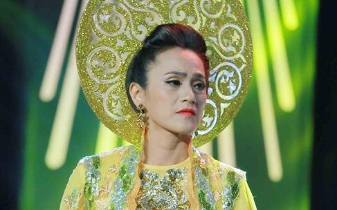 Con gai Che Linh hat sai, dung chan tai Troi sinh mot cap hinh anh