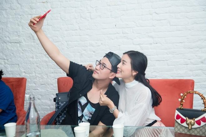 Ha Tri Quang vuong 'tinh chi duyen em' voi Cao Thai Ha trong phim moi hinh anh 1