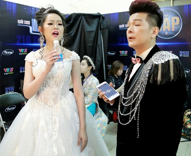 Dam Vinh Hung chinh vay cho Thanh Thao anh 5