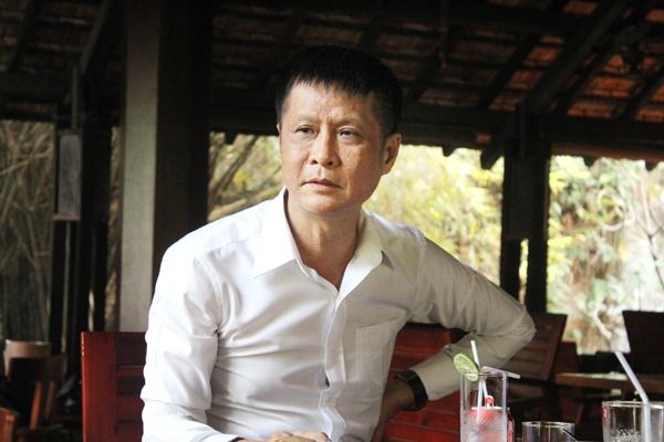 Sau 8 nam vang bong, dao dien Le Hoang lam phim ve nan au dam hinh anh 1