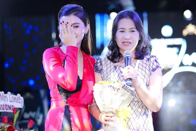 Lam Truong den chuc mung chau gai ra mat MV moi hinh anh 8