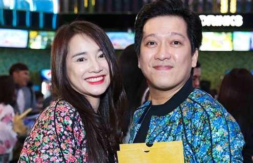 Truong Giang, Nha Phuong mac do doi di xem phim hinh anh
