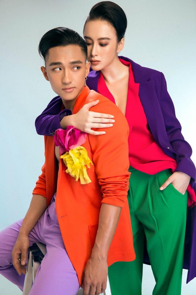 Angela Phuong Trinh va Huu Vi 'an com truoc keng' trong phim 'Glee' hinh anh 1