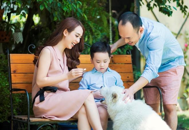 vo chong Tien Luat Thu Trang anh 2