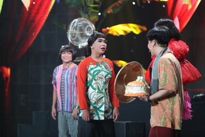 Rapper Karik lan dau dien hai cung ban sao Hoai Linh hinh anh 3