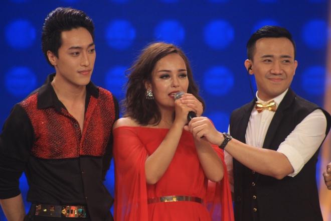 Tran Thanh tiep tuc lam host Buoc nhay ngan can mua 3 hinh anh