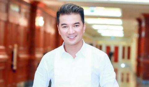 Dam Vinh Hung tu van cho Dong Hung cach doi dien voi mon no 16 ty dong hinh anh