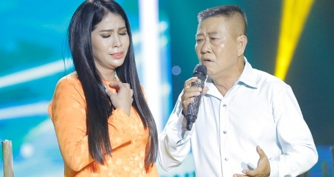 Vua mo amidan, em gai Ly Hung van len san khau hat hinh anh