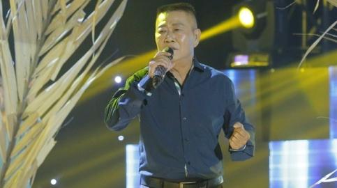 Nghe si Vu Thanh - Ao em chua mac mot lan hinh anh