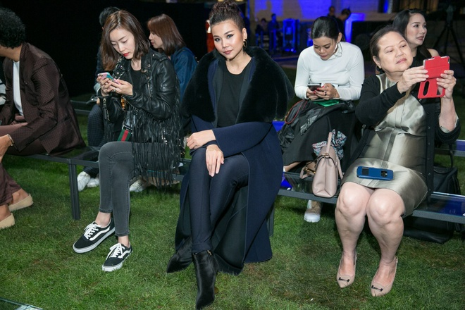 Thanh Hang sang trong ngoi hang ghe dau o Milan Fashion Week hinh anh 5