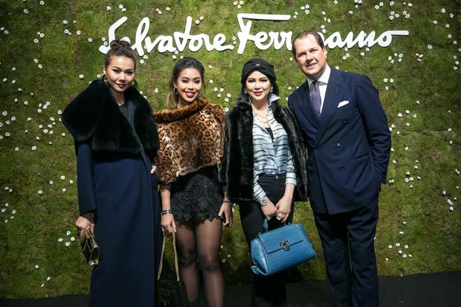 Thanh Hang sang trong ngoi hang ghe dau o Milan Fashion Week hinh anh 7