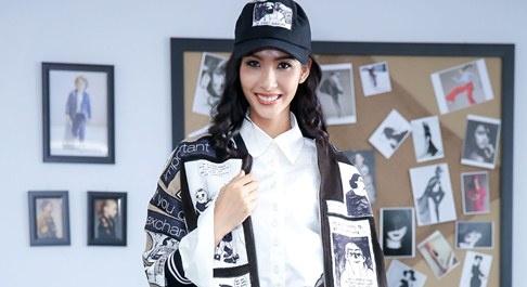 Hoang Thuy, Lan Khue tham gia casting chuong trinh thoi trang hinh anh