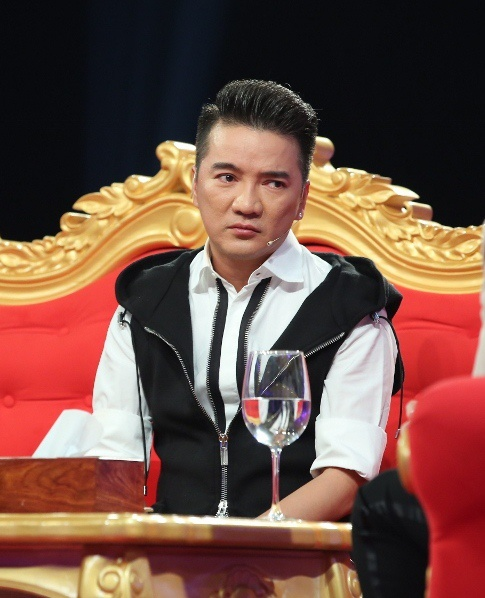 Dam Vinh Hung sau anh hao quang tap 3 anh 2