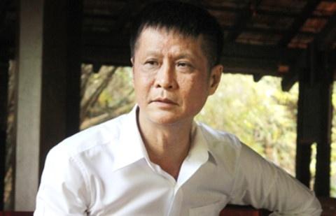 Le Hoang dung ten Tong thong Trump trong sach moi de gay chu y? hinh anh
