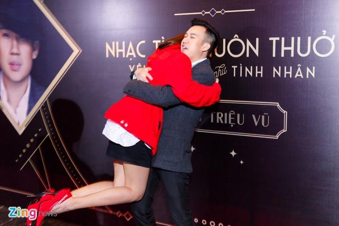Dam Vinh Hung: 'Duong Trieu Vu no toi mot cuoc tinh' hinh anh 7