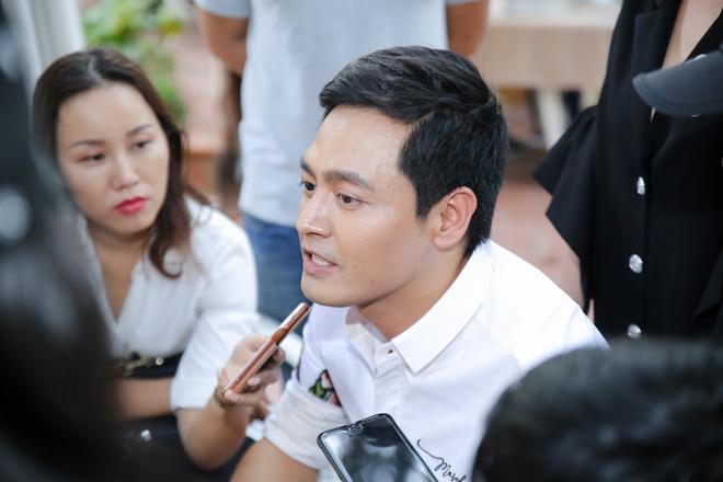 MC Phan Anh: 'Dung la toi bi cam song' hinh anh 1