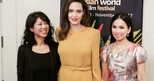 Em gai Cam Ly gap rieng Angelina Jolie o Lien hoan phim tai My hinh anh