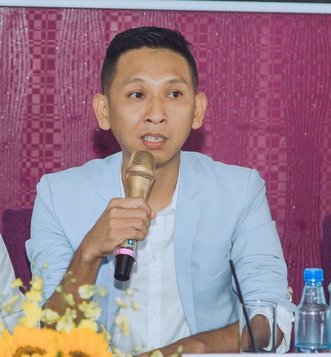 Dao dien 'Lo to': 'Lan Ngoc, Ngo Kien Huy dang bi bao mon qua nhieu' hinh anh 1