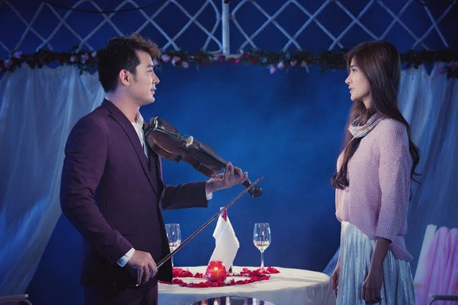 Khoi Tran cau hon Kim Tuyen trong MV moi hinh anh 1