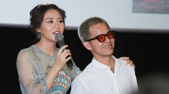 Ban trai cu Le Hieu den chuc mung Van Mai Huong ra mat MV moi hinh anh 2