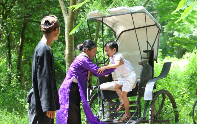 Kieu Trinh lan dau dua con trai 6 tuoi di dong phim hinh anh 1