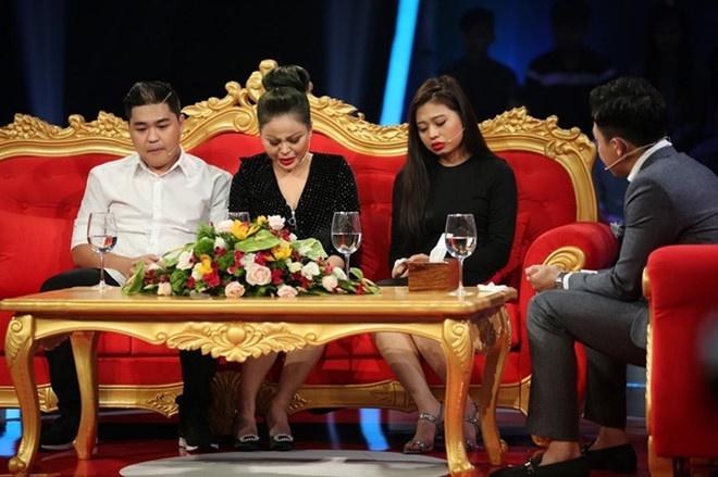 Con gai Duy Phuong: 'Ca gia dinh muon chet vi khong chiu noi ap luc' hinh anh 1