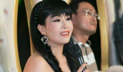 Kieu Oanh, Van Son ngoi ghe nong Cuoi xuyen Viet 2017 hinh anh