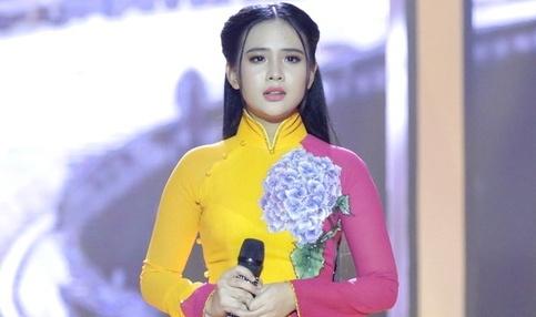 'Thien than Bolero' Quynh Trang hat quen loi van vao top 4 Bolero hinh anh