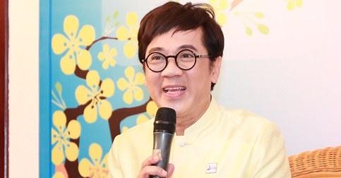 NSUT Thanh Loc: 'Ao dai ngay cang duoc nam gioi yeu thich' hinh anh