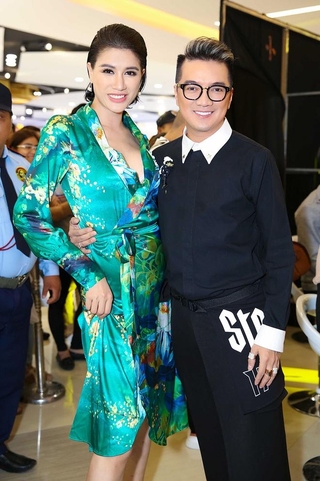 Hoai Lam, Ngoc Thanh Tam dien canh yeu trong khach san tai su kien hinh anh 6