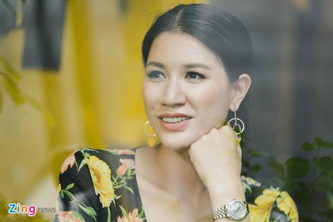 Trang Tran: '4 nam rut khoi showbiz Viet, toi kiem duoc vai can nha' hinh anh